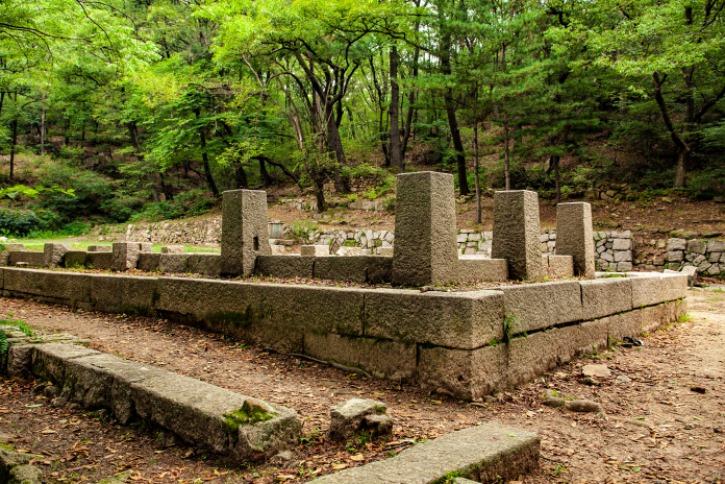 대백석동천 조선시대의 별서가 있었던곳 건물터3 ....jpg