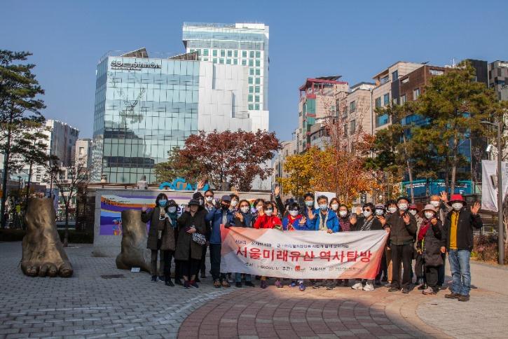 참가자들 기념촬영.jpg